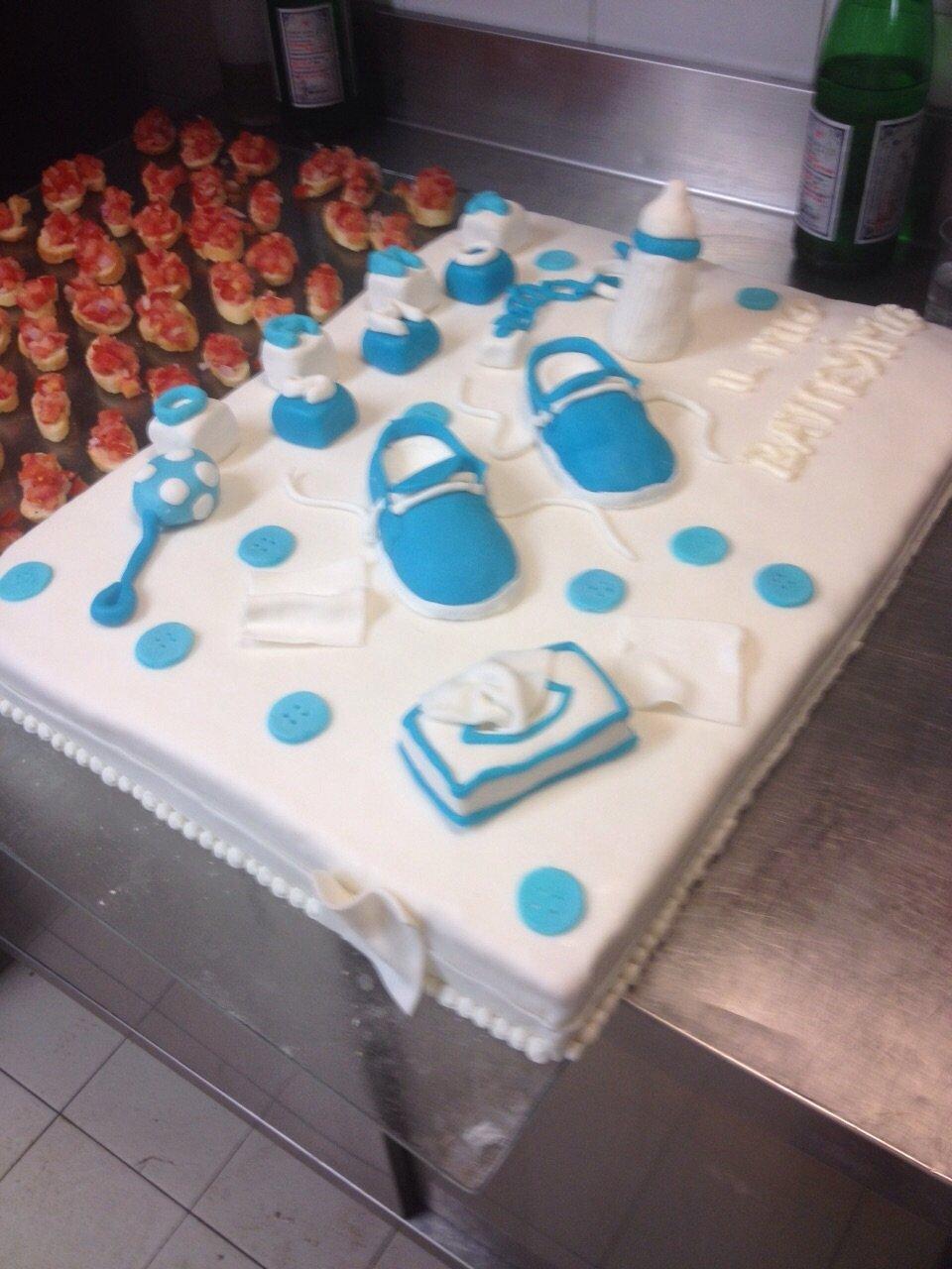 torta in fondant azzurra
