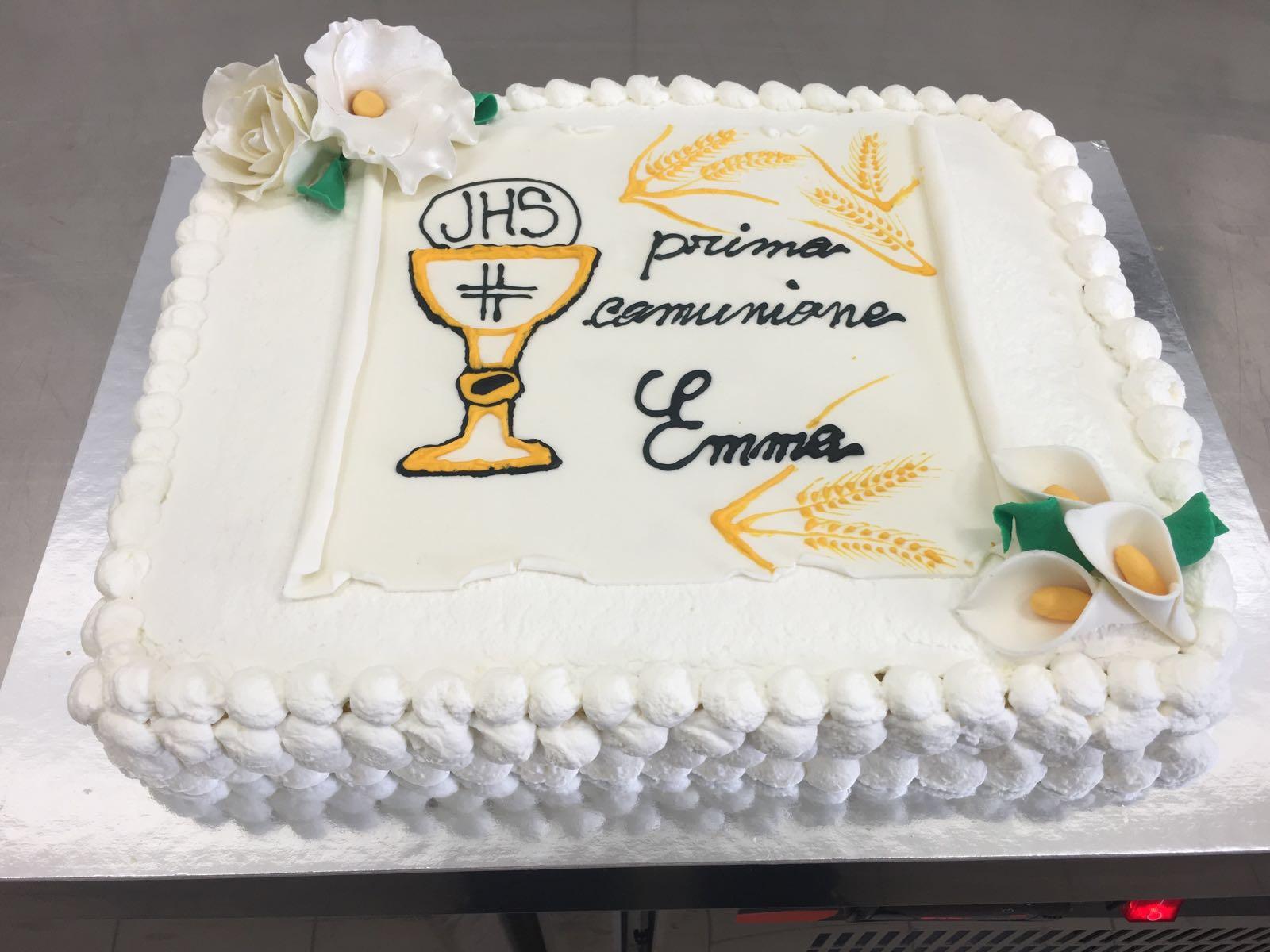 torta bianca per comunione