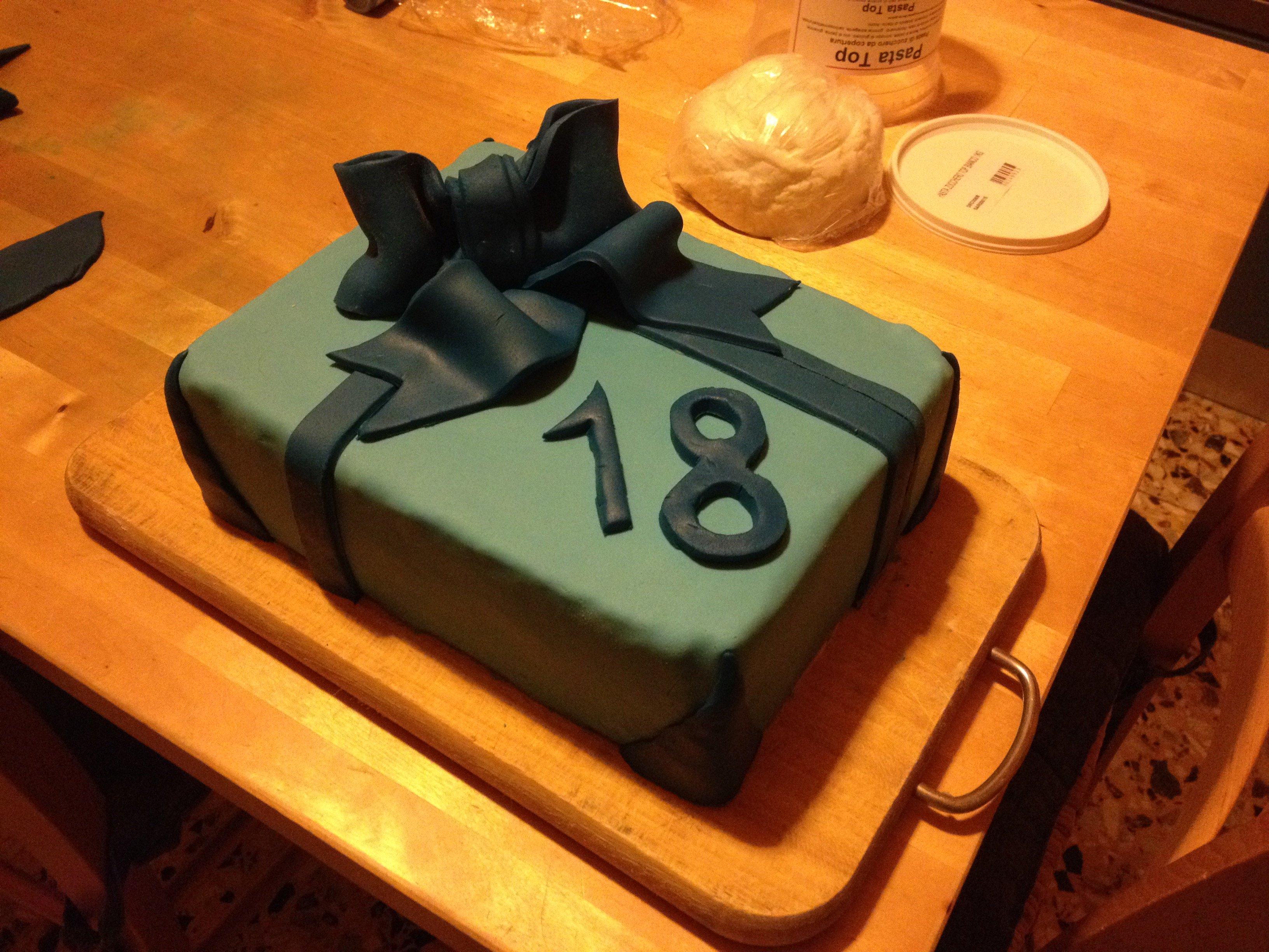 torta per diciottesimo