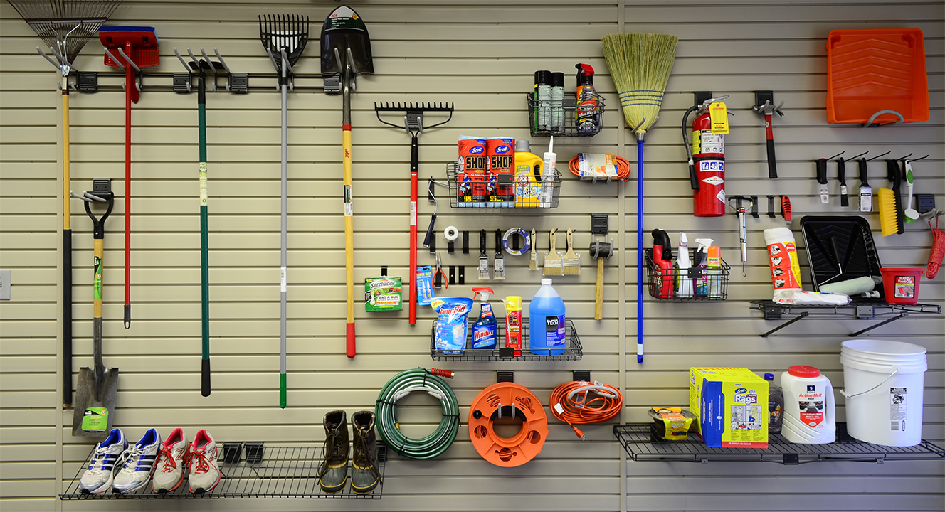 HandiWALLR Slatwall And Accessories Showing Garden Tools Organized On A Wall Discount Garage