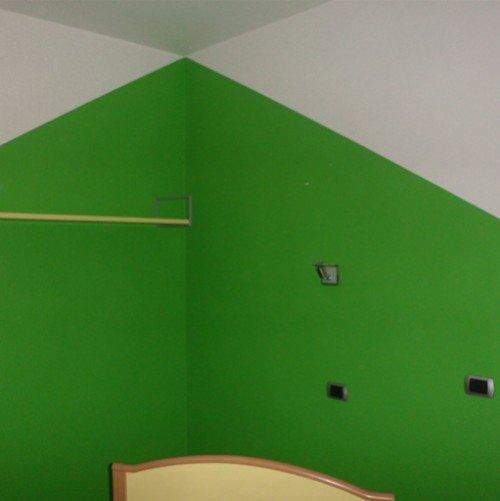 parete bianco verde