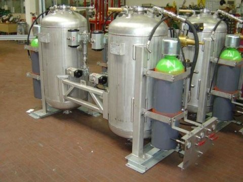 DRY POWDER EXTINGUISHING SYSTEMS