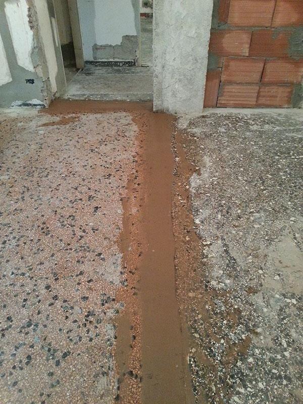 Pavimento alla veneziana in fase di ripristinazione