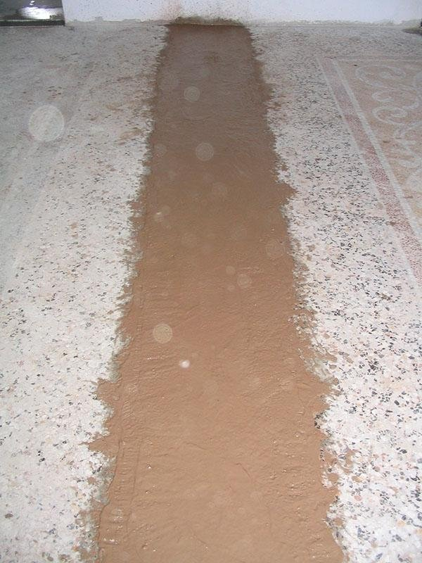 pavimento alla veneziana in fase di riprisitno
