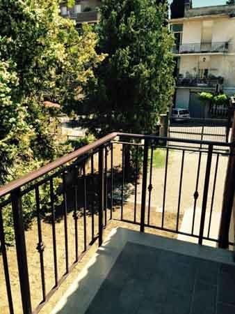 Parapetti dei balconi in ferro a Fiano romano