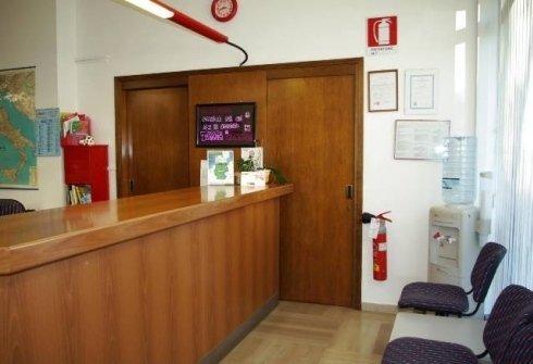 Sala attesa autoscuole cesca