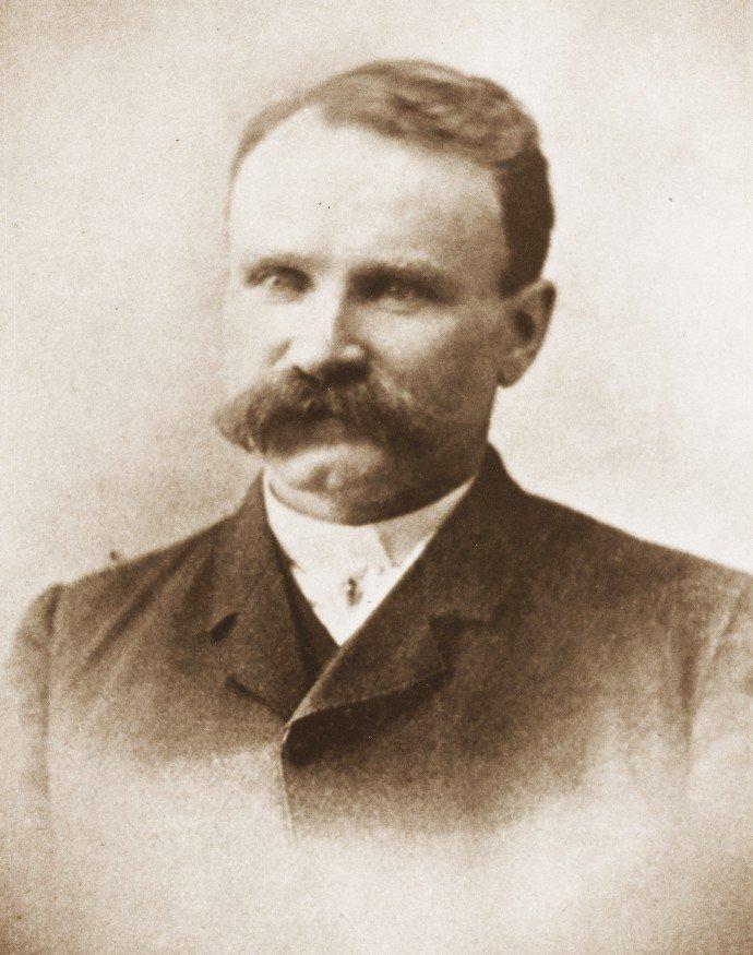 Alfred Hinds Santa Cruz