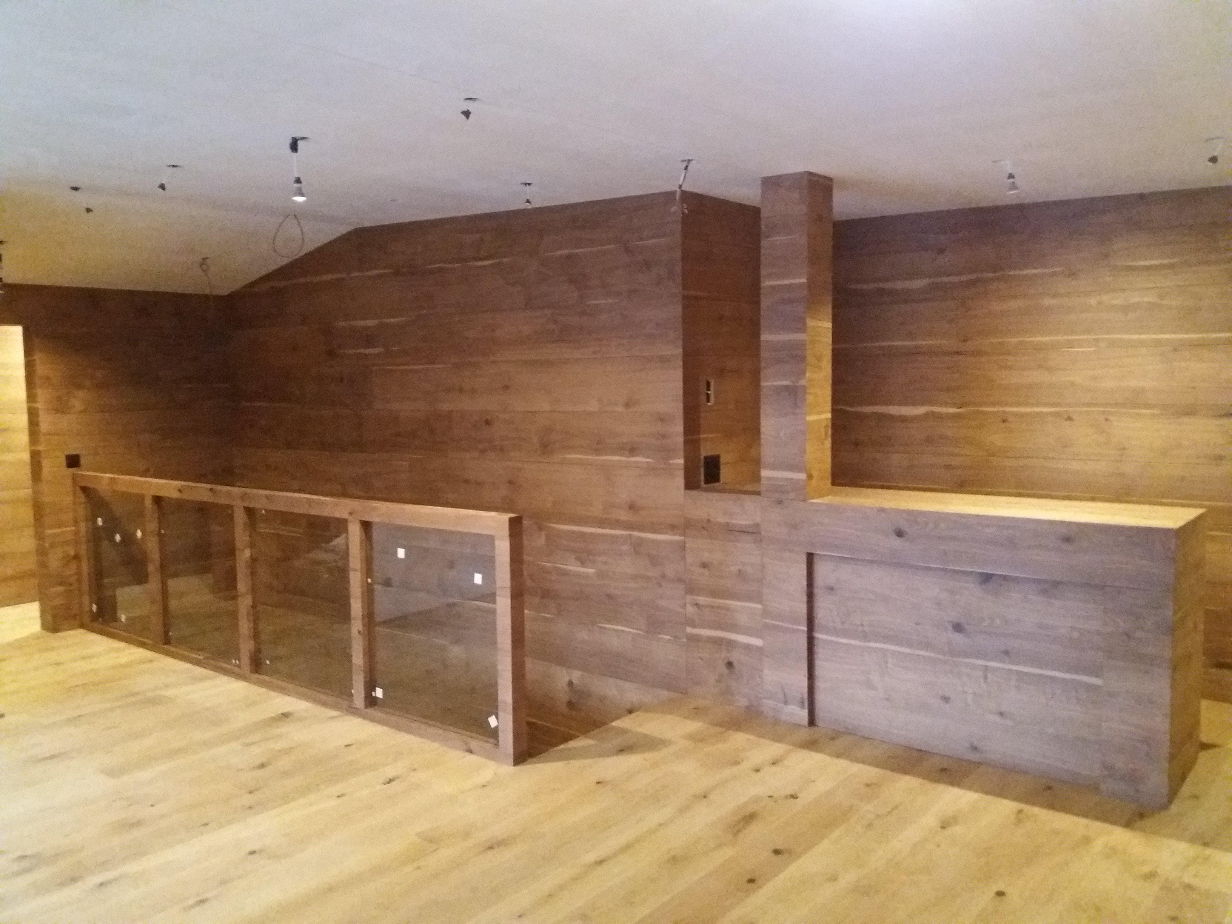 mobile legno 36