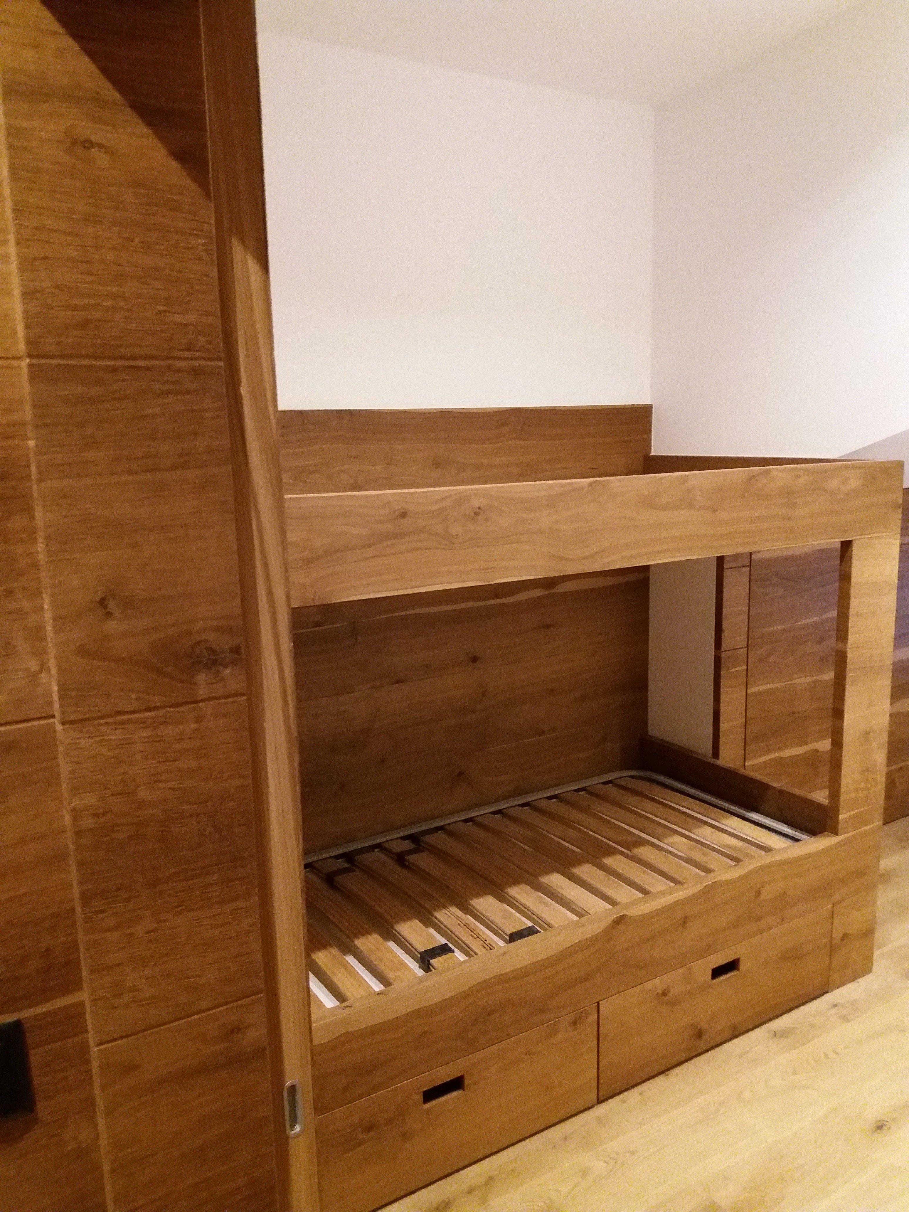 mobile legno 10