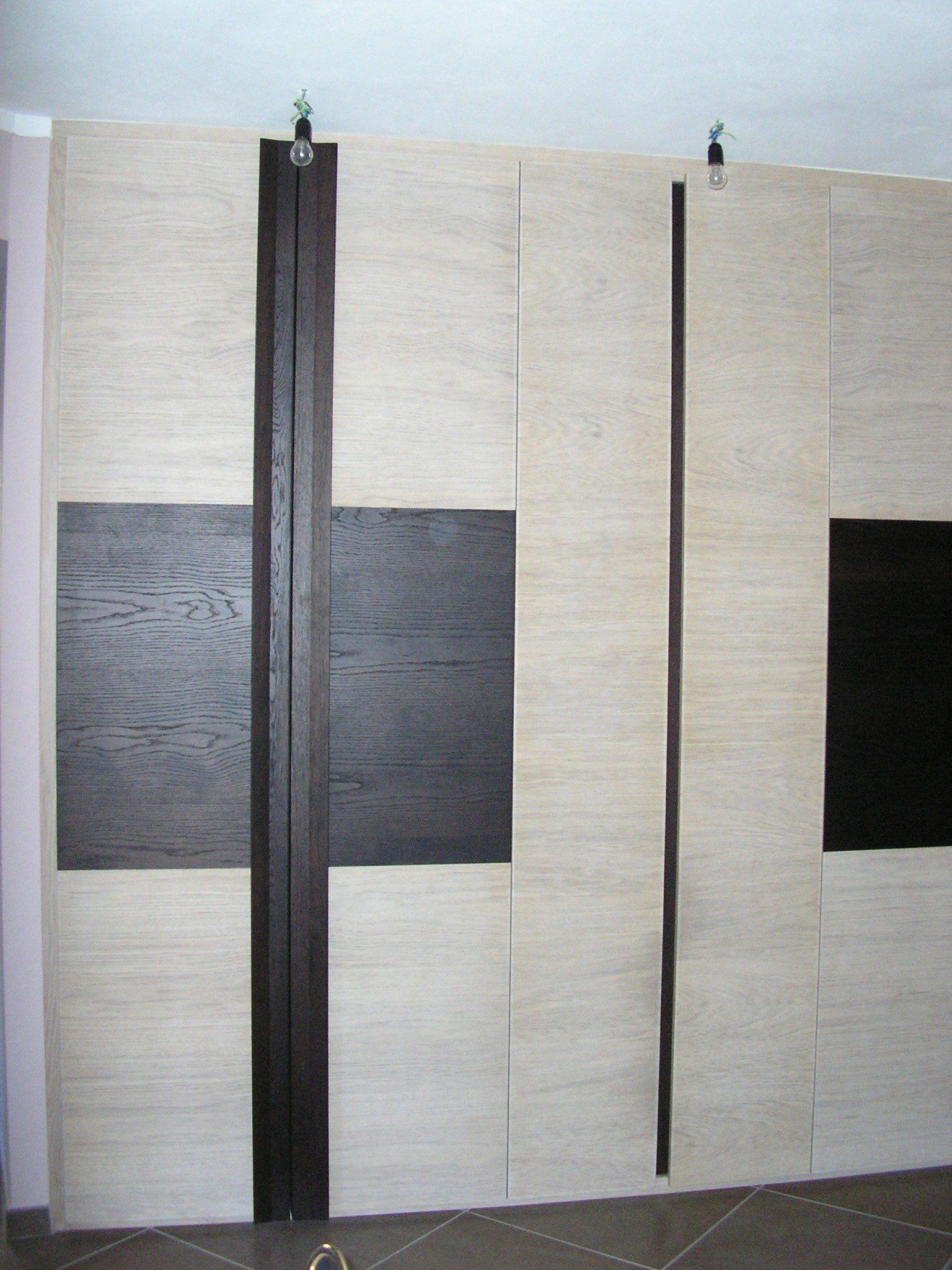 mobile legno 13