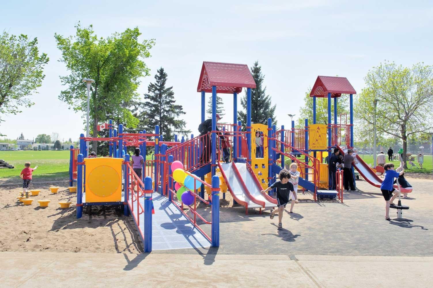 Elmwood Play Ground & Spray Park