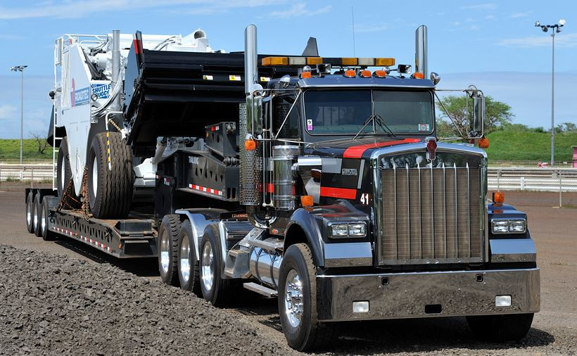 TJ Gomes Trucking Company is a trucking expert in Wailuku, HI
