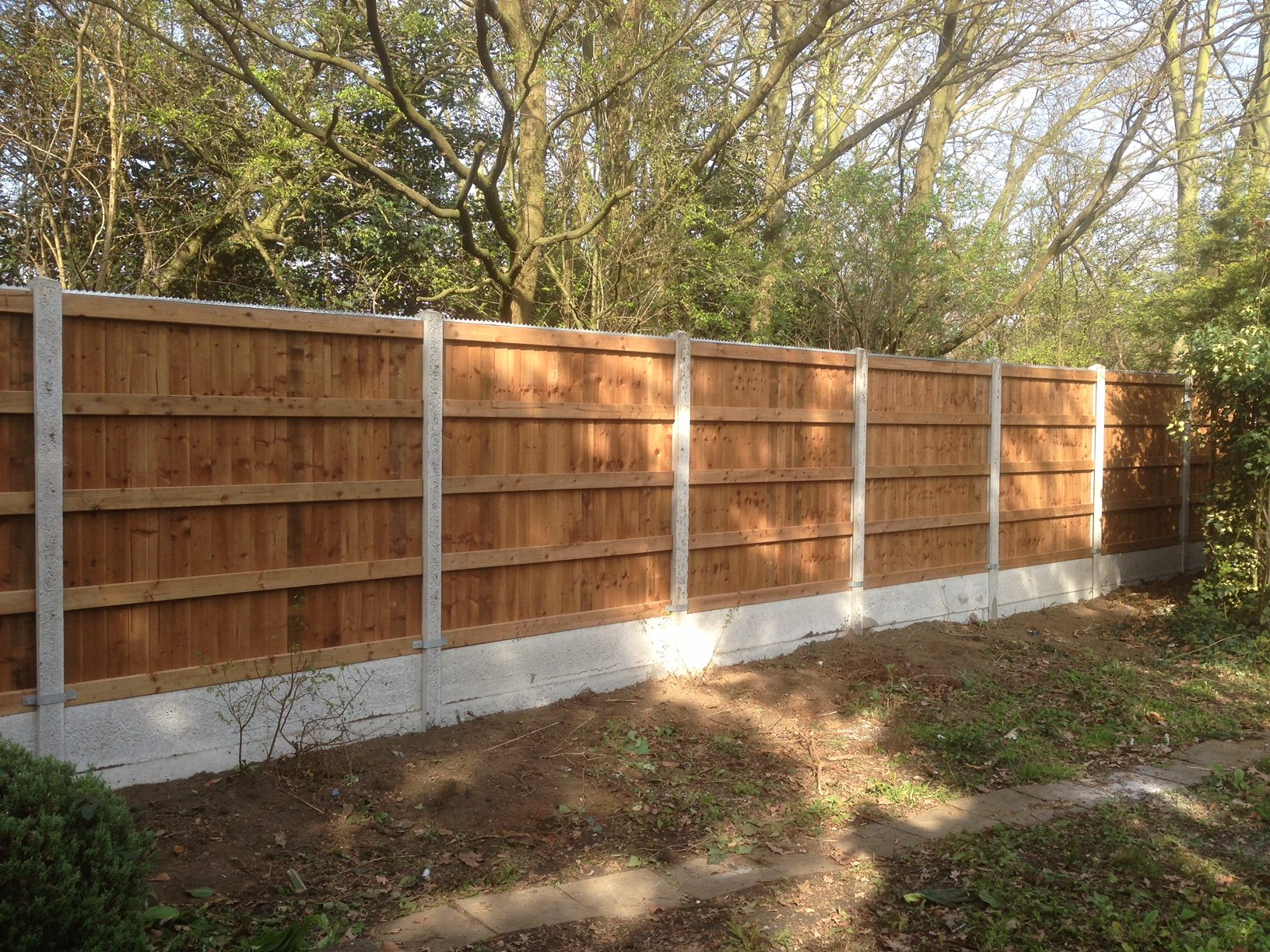 Feather Edge Panel Fence Suppliers In London
