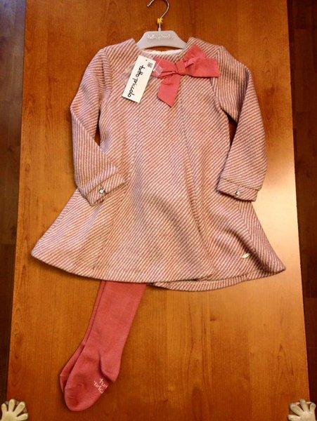 calze da bambina rosa e vestitino con fiocco coordinato