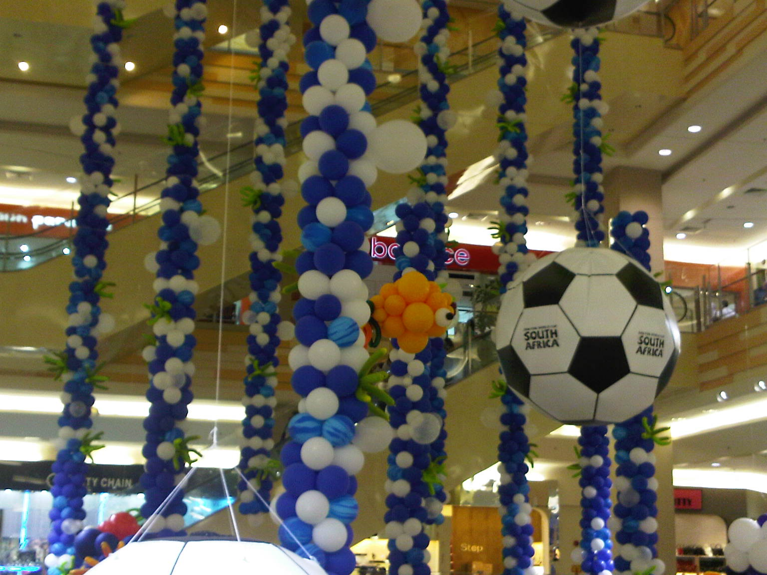 Exhibition Stand Gimmicks : Gallery asiapacific balloons inflatable
