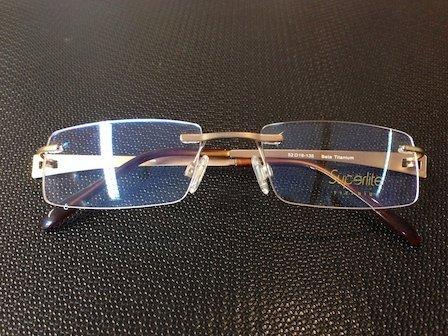 reading glasses with golden frame