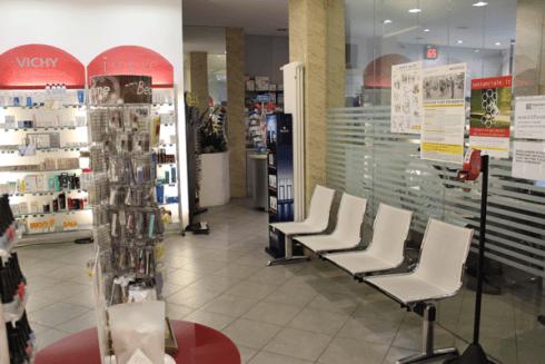 Sala attesa farmacia