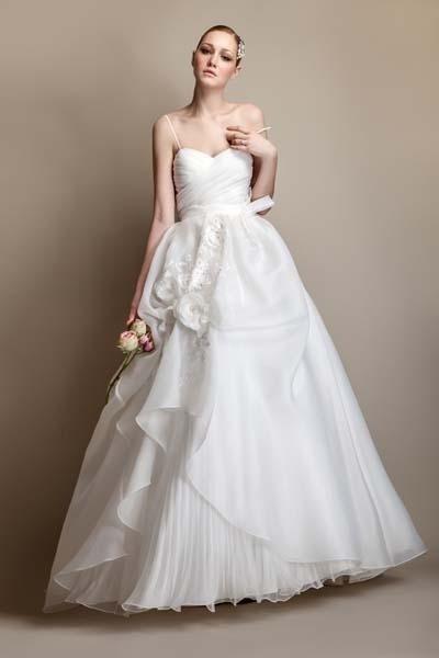 abito sposa con voila