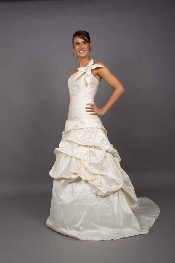 vestito da sposa colore champagne
