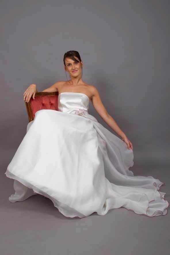 abito sposa semplice