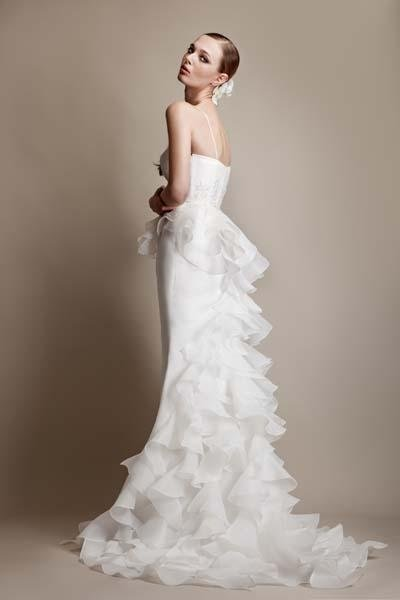 abito sposa con coda