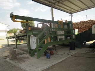 macchina lavorazione legno