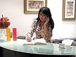 Receptionist al telefono