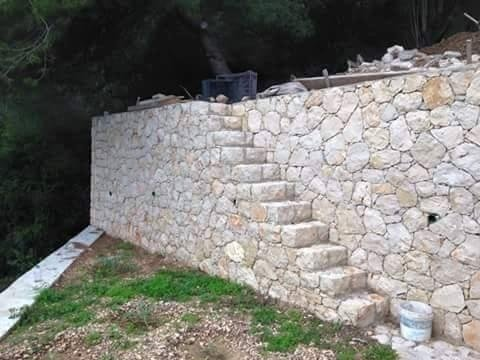 muretti in pietra - scale in pietra