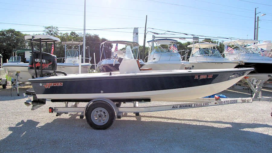2003 Hewes Redfisher 18 FB