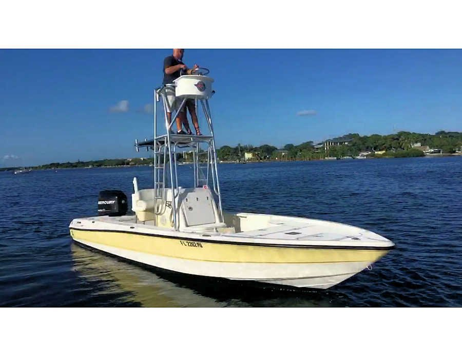 2007 Triton 24LTS Bay Boat for Sale