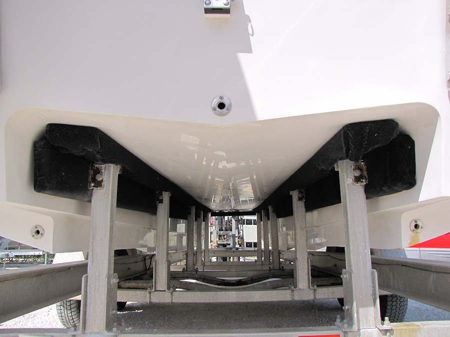 2003 30' AMT Catamaran powered by Twin 2013 Mercury 300xs Outboards w/Sport Master Gearcases