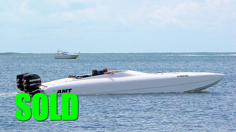 SOLD - 2004 30' AMT Catamaran