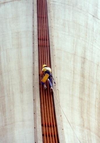 Lavori di edilizia acrobatica
