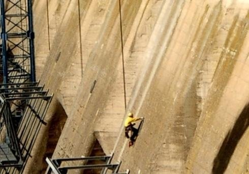 Lavori di manutenzione per dighe