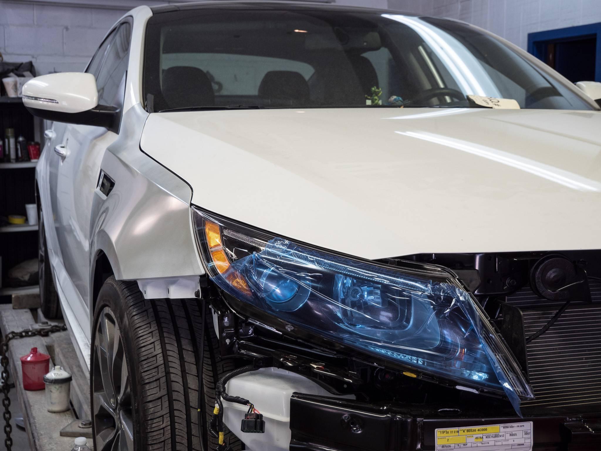 Design car repair workshop - Slide Title