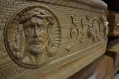 Cofano con immagine di Cristo