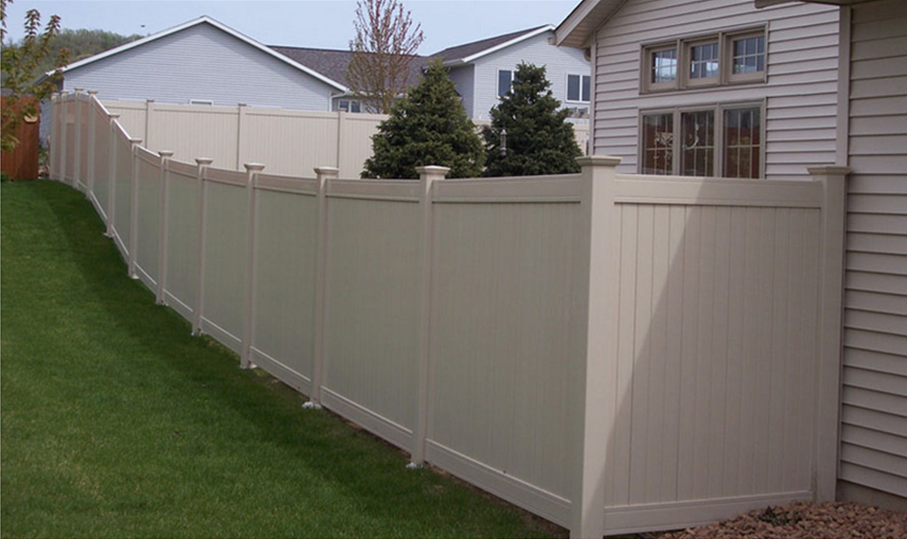 Example of vinyl decking and fencing in Auglaize County, OH