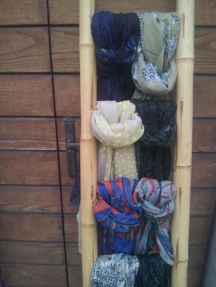 assortimento di sciarpe