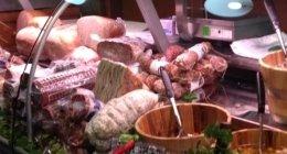 vendita salumi, prosciutto crudo, salciccia napoletana