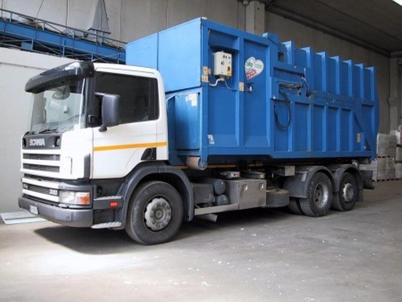 Macchine trasporto rifiuti