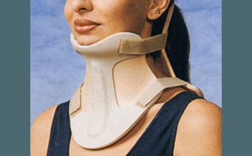 collare cervicale bivalva