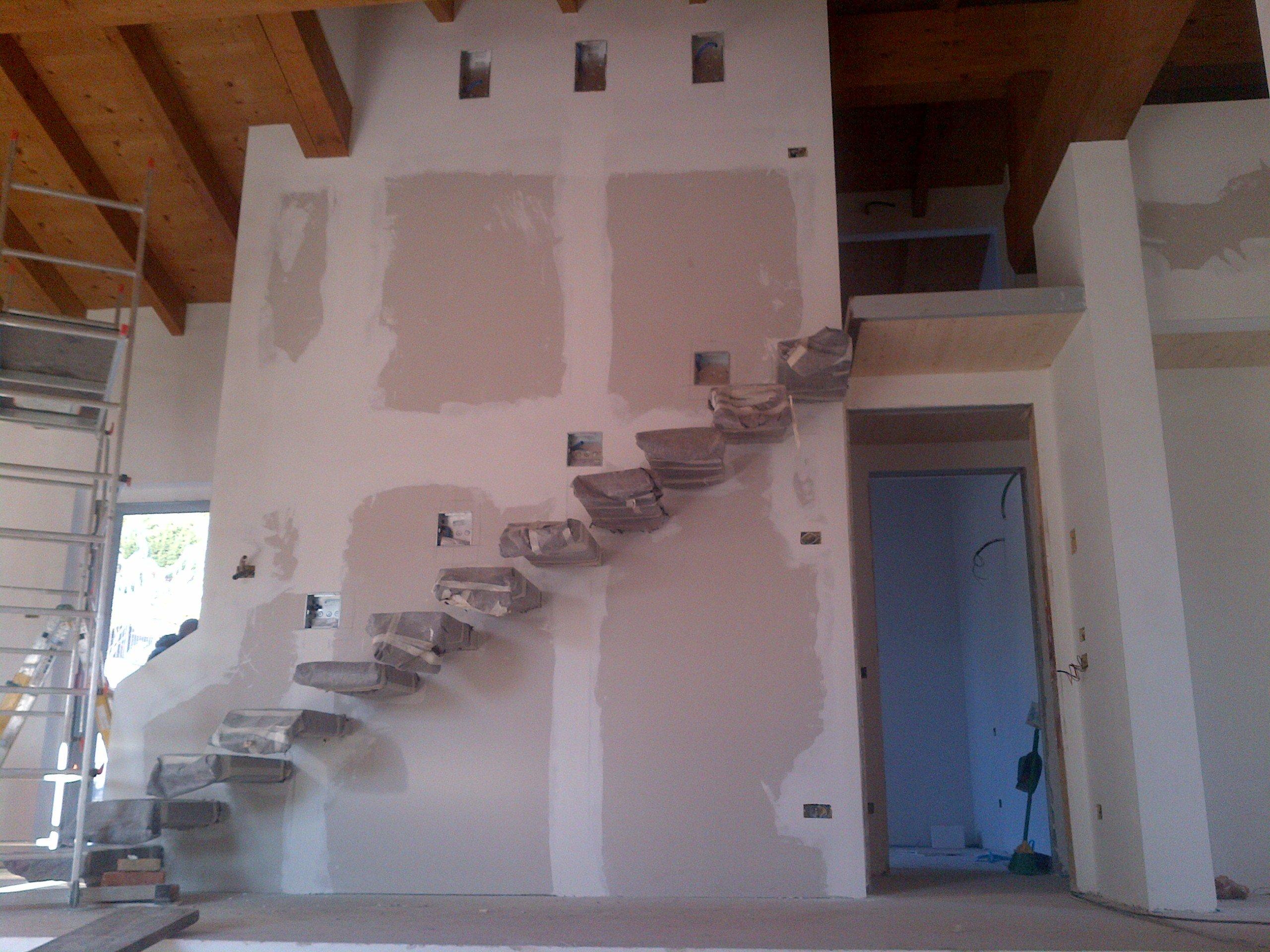 parete con scalini da dipingere