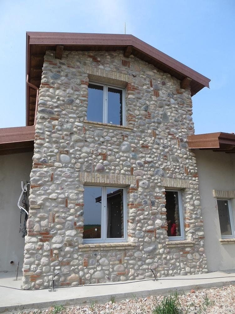 edificio in pietra