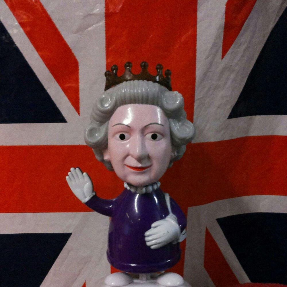bandiera inglese con regina Elisabetta