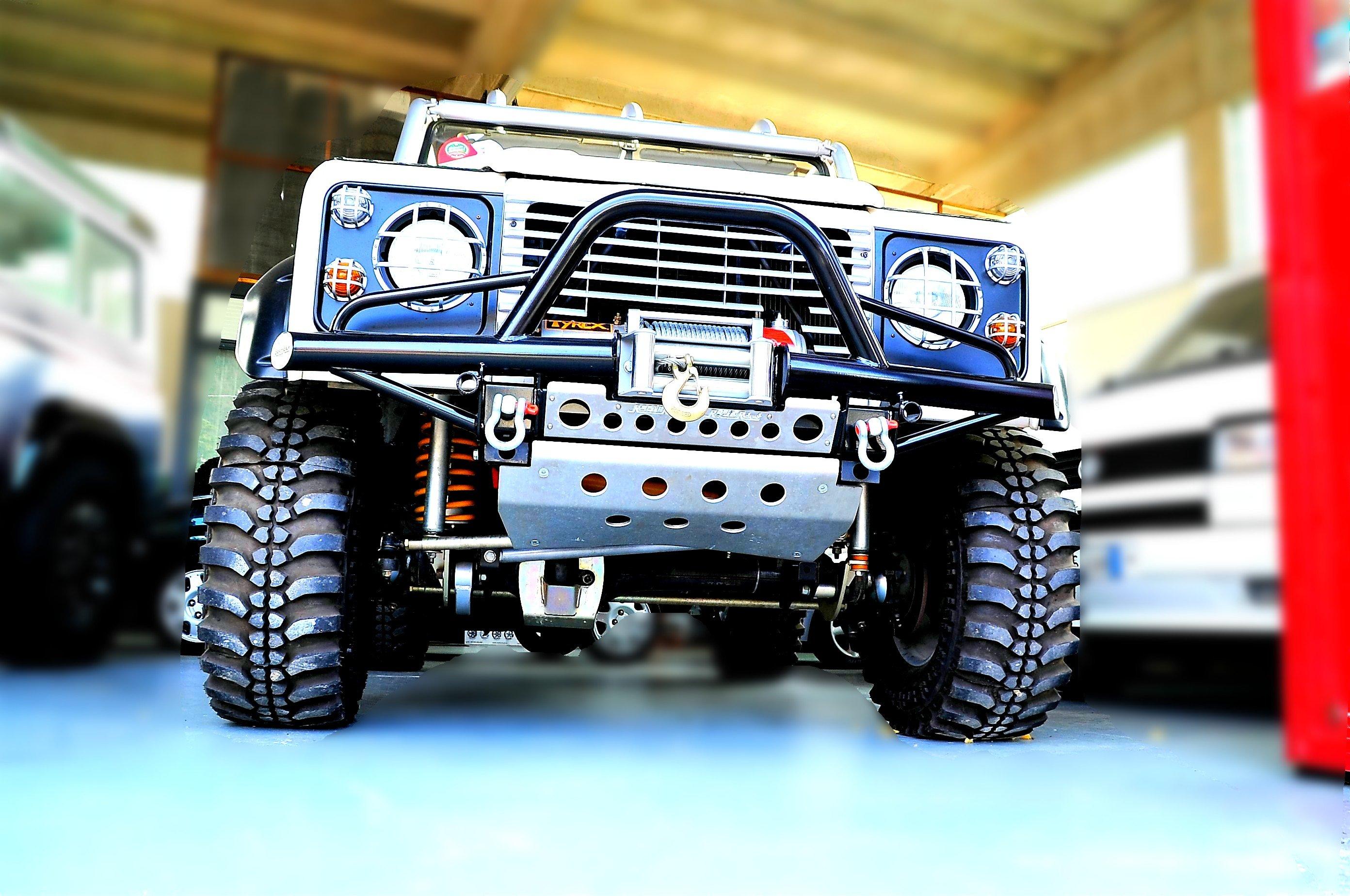 allestimento di defender Land Rover