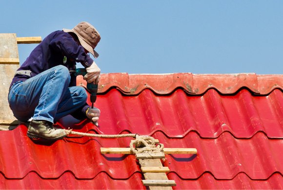 Professional roof repairs in Glen Eira