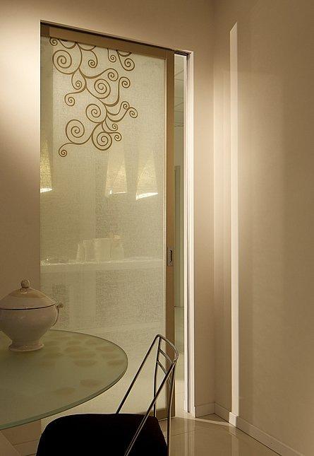 Vendita vetrate su misura treia mc vetreria del for Porte d arredo in vetro