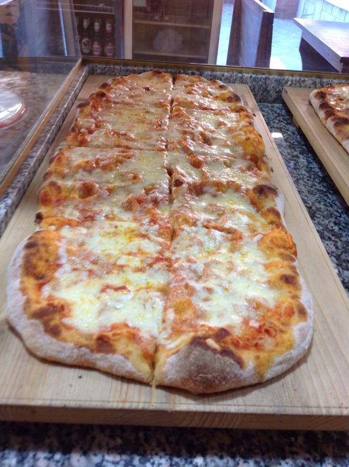 Pizza al taglio Margherita a Perugia