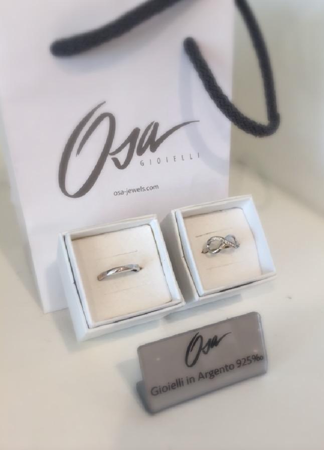 Fedina e anello con infinito in argento