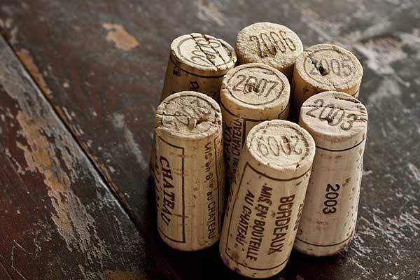 tappi di bottiglia di vino